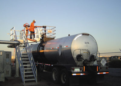 truck-loading-platform-with-loading-arm-7