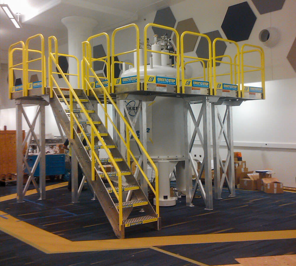Staircase Tower Support : Modular platforms safety science