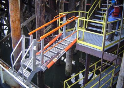 aluminum-loading-dock-walkway-gangway-2