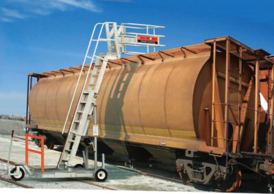 rolling-platform-for-railcars-with-optional-deeper-cage-3